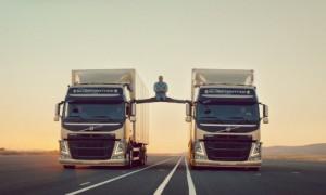 Жан-Клод Ван Дамм и Volvo. Эпический шпагат. - popsa.biz